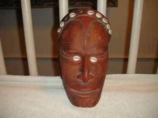 Vintage Handarbeit German Tribal Wall Mask Plaque - Ceramic Pottery - Resembles Tin photo