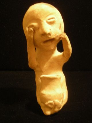Very Early Pre - Paint Tesuque Pueblo Indian Rain God Pottery Figure Uniq Pose - A+ photo