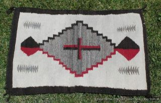 Vintage Native American Indian Navajo Rug 1930 - 40s photo