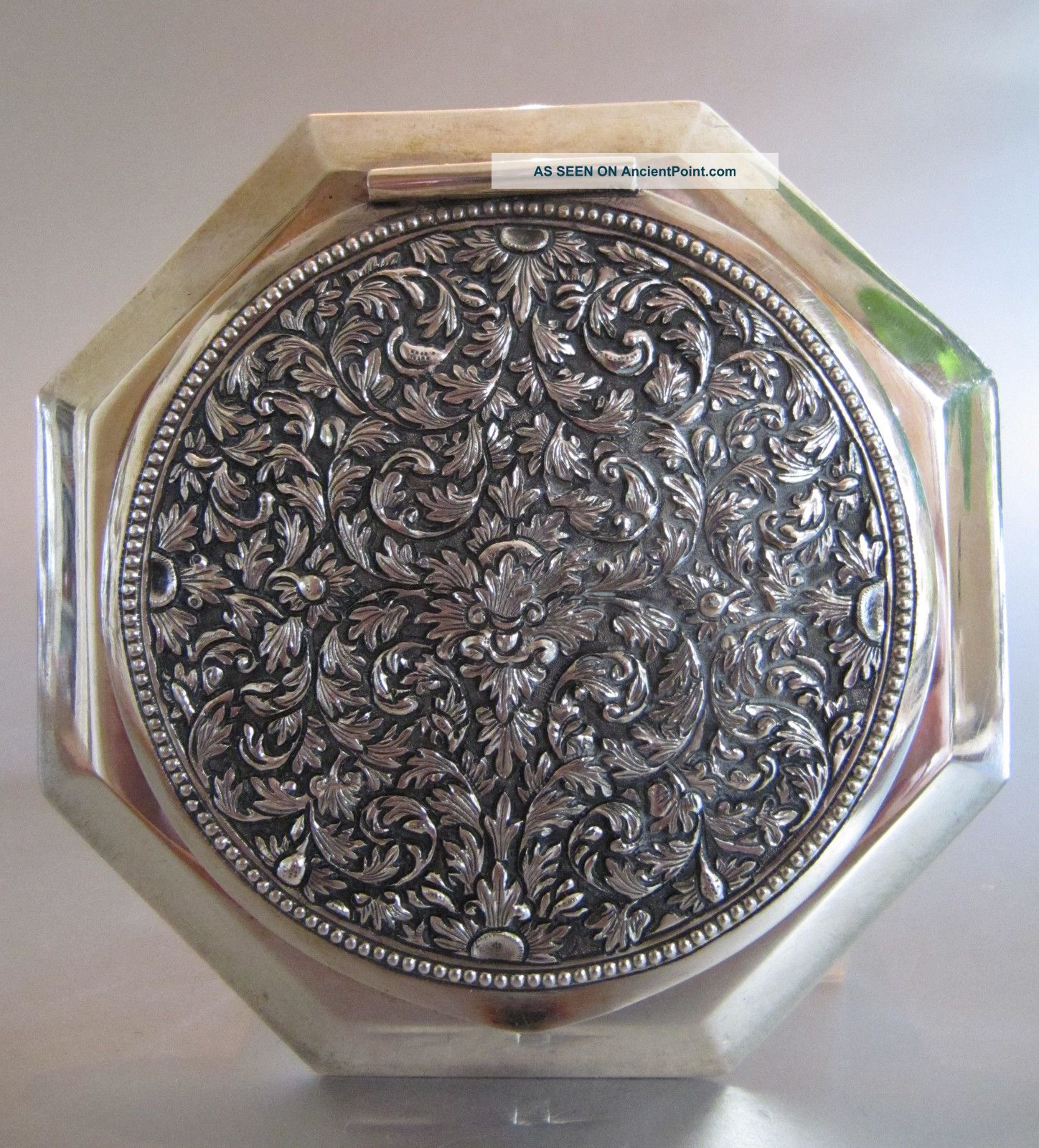 ‹ (•¿•) › An Antique Persian Solid Silver Powder Compact / Box Other photo