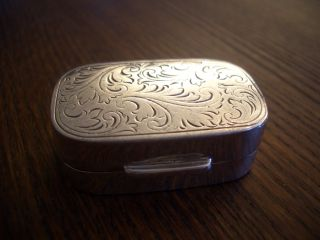 Silver Trinket Box Fully Hallmarked Floral Swag Engraved Top photo