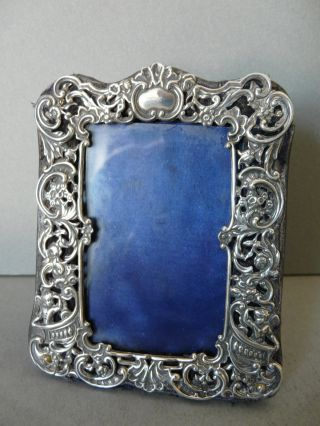 A Very Pretty Antique Victorian Silver Photo Frame 1898 By William Comyns photo