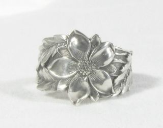 Sterling Silver Columbine Pattern Spoon Ring photo