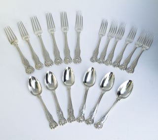A Set Of Silver Kings Husk Cutlery By William Eaton London 1840 photo