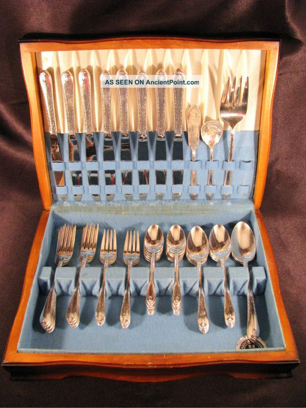 Vintage 1940 Wm Rogers & Sons Exquisite Silverplate Flatware Set 53pc W/ Case International/1847 Rogers photo