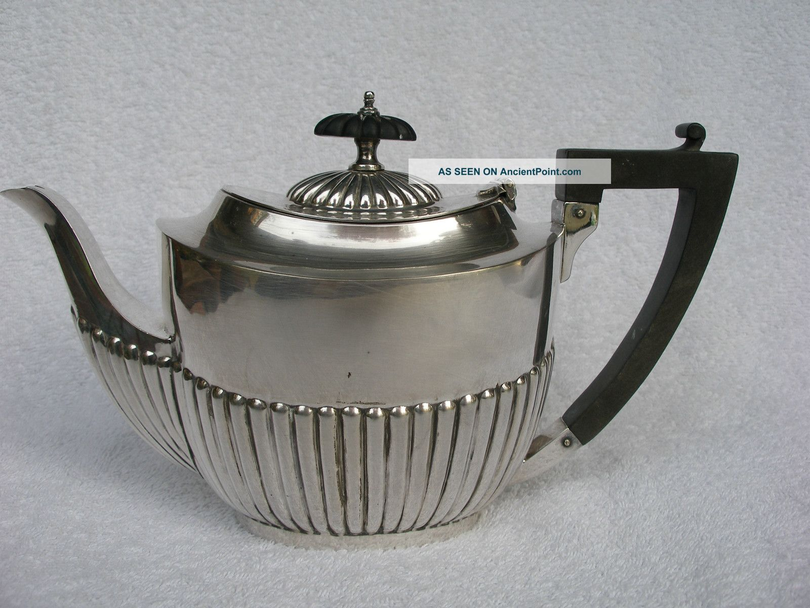 Victorian Silver Plated Bachelor Teapot By Henry Hobson & Sons.  Good Condition. Tea/Coffee Pots & Sets photo