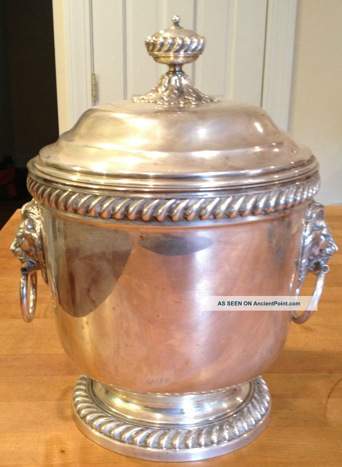 Webster & Wilcox International Silver Co Large Ice Bucket Lion Heads Other photo