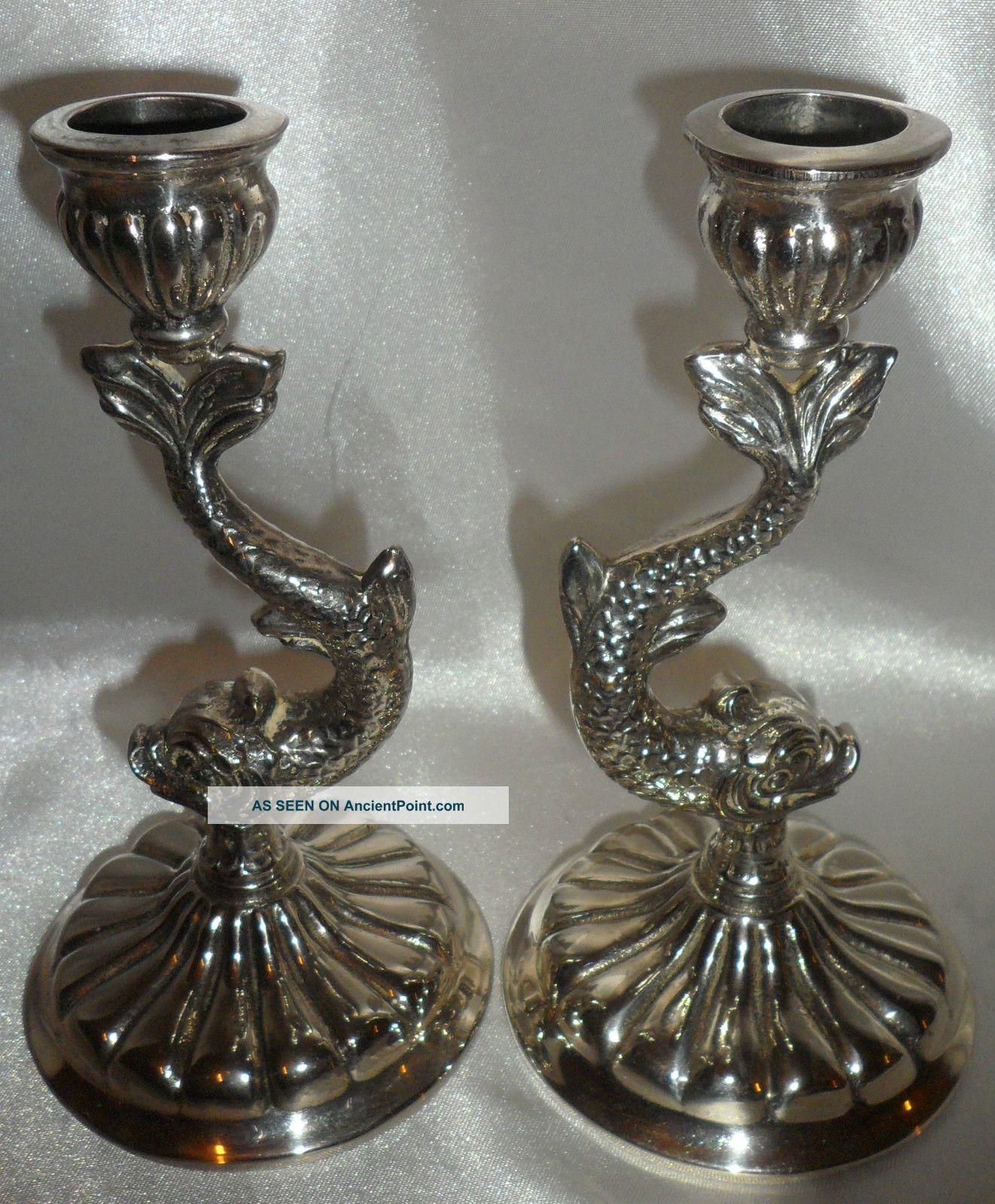 A Pair Of Vintage Heavy Beautifully Cast Fish Design One Piece Candlesticks Candlesticks & Candelabra photo
