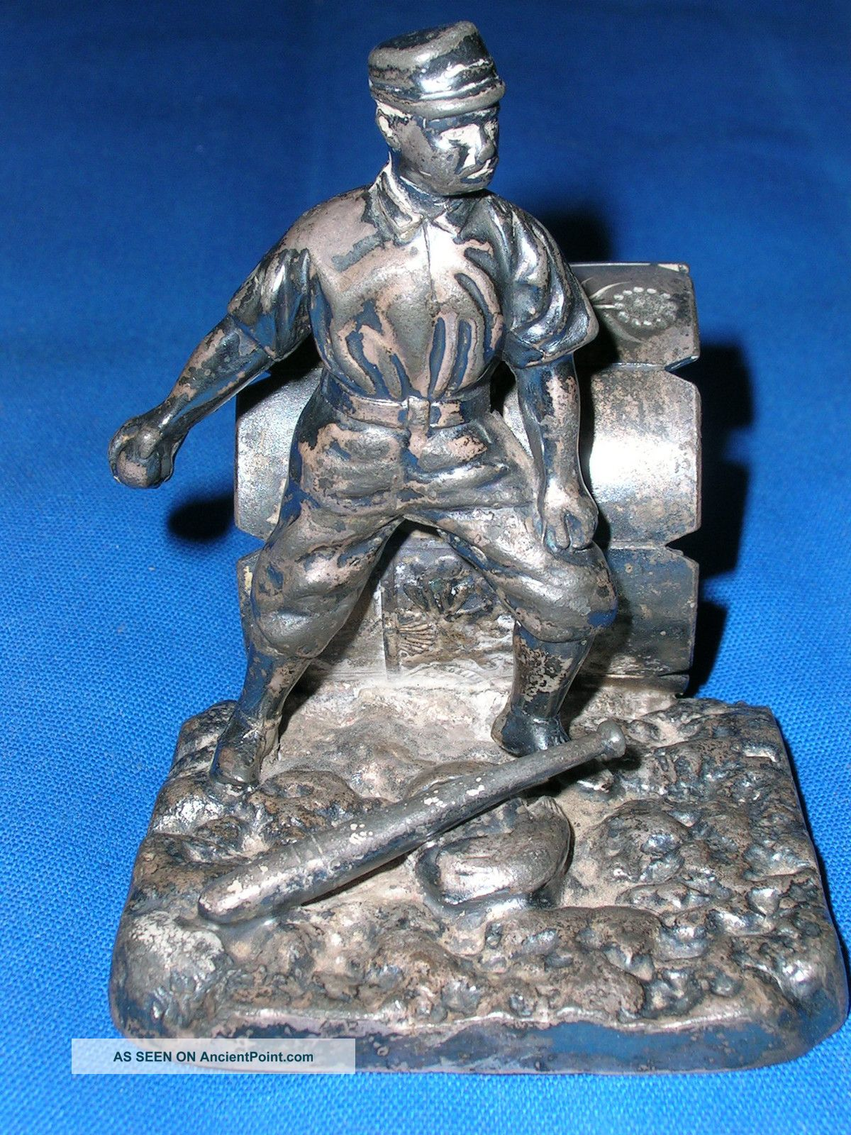 Antique Victorian Pairpoint Silverplate Baseball Player Napkin Ring Silver Plate Napkin Rings & Clips photo