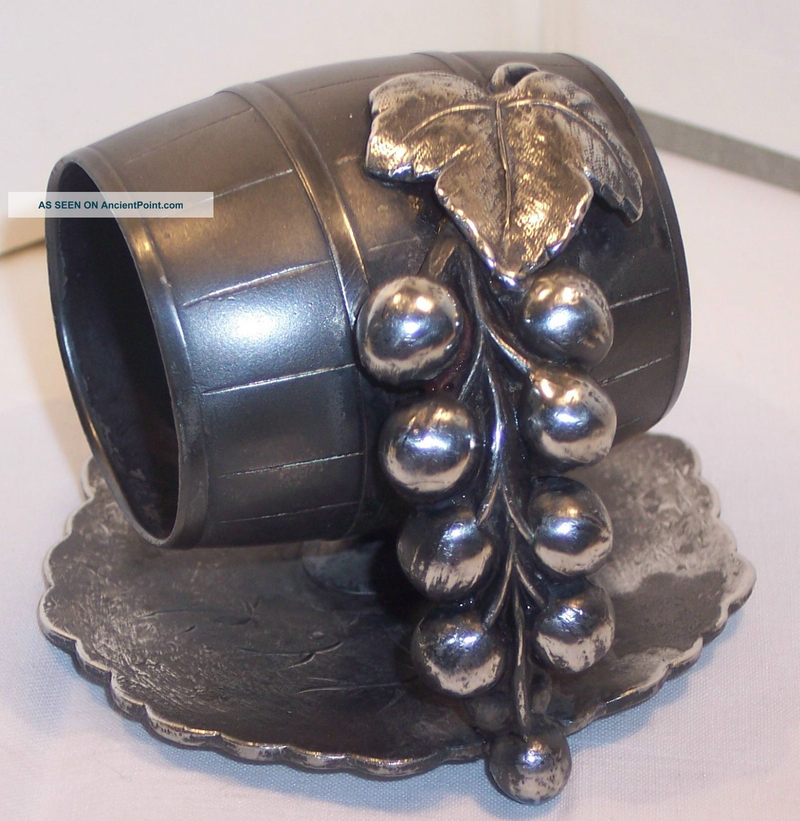 Old Victorian Antique Silver Plate Napkin Ring Wine Barrel Grapes Figural Canada Napkin Rings & Clips photo