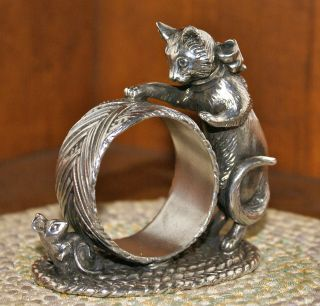 Reed & Barton 1824 Collection Silver Plated Figural Napkin Ring: Cat & Mouse photo