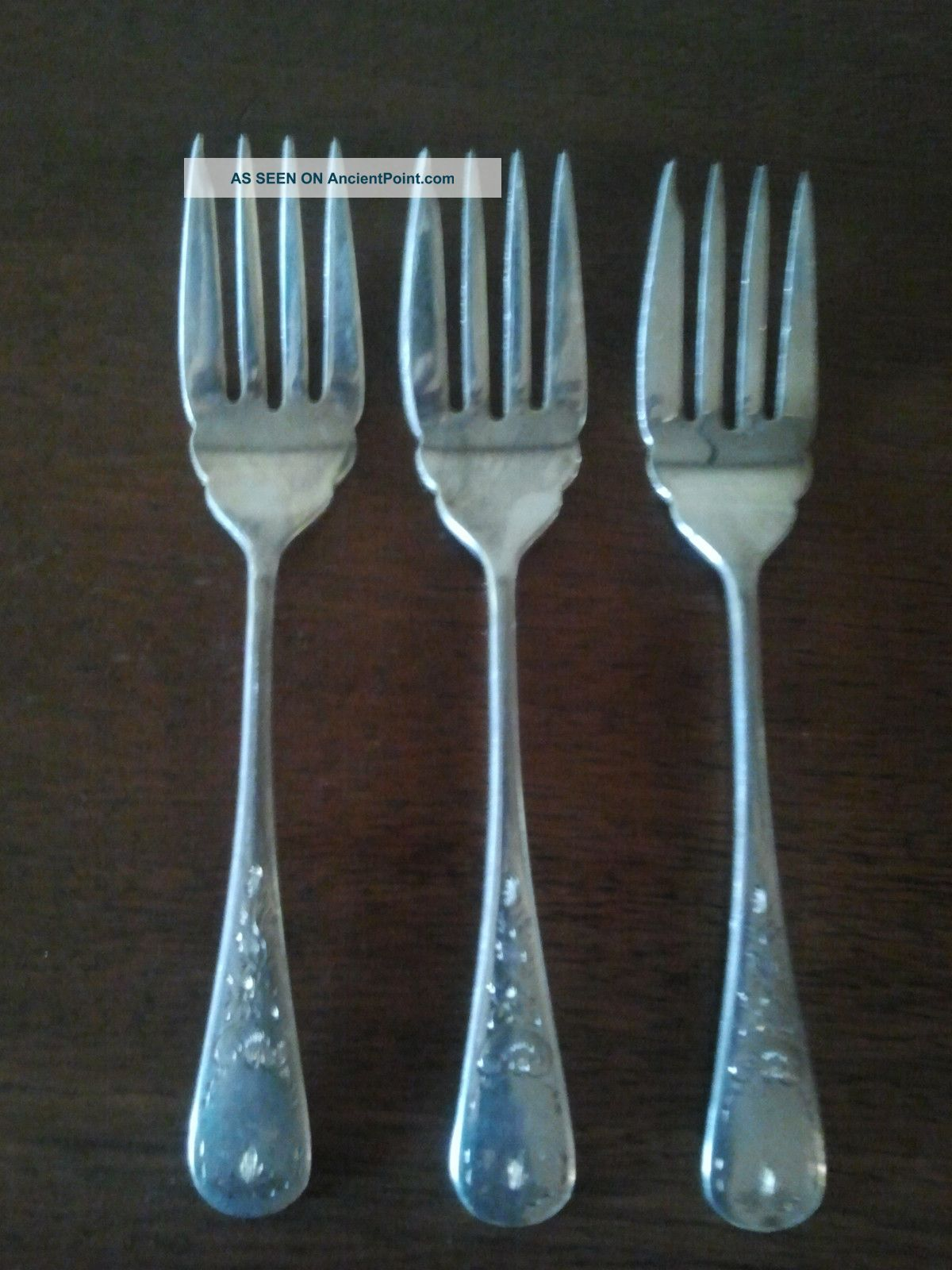 Birks Regency Silver Plate Queen Mary Pattern Salad Forks (3) Birks photo