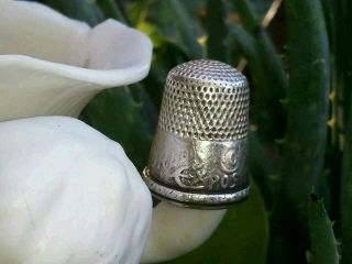 Vintage Sterling Silver 1892 Exposition Thimble photo