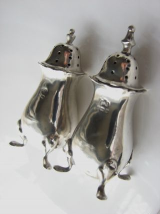 A Pair Of Decorative Salt & Pepper Shakers Selfridge & Co Ltd 1901 Solid Silver photo