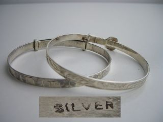 Vintage Silver Childs Bangles X 2 - Un - Engraved photo
