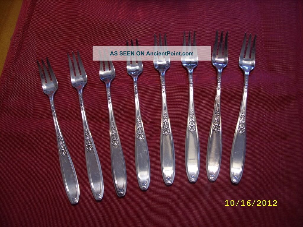 8 1847 Rogers Bros Cocktail Forks Silver Plate,  Internation Silver Other photo