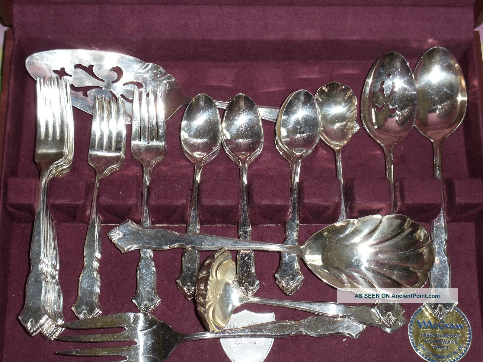 International Deepsilver Silverplated Silverware Set In Tarnish Proof Wood Case Other photo