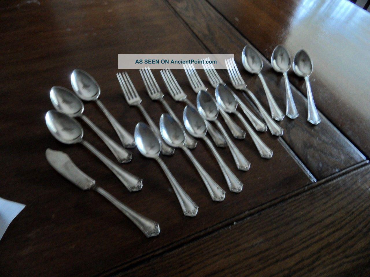 18 Miscellaneous Community Par Plate Flatware Oneida/Wm. A. Rogers photo