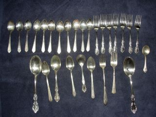 28 Piece Silver Plate Flatware Hodgepodge Wm Rogers Crusader Crown Senate Gerber photo