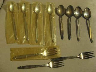 Vintage Oneida Prestige Firelight 1959 Tea Spoons Soup ? Spoons Forks Some New photo