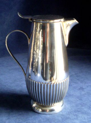Good Queen Anne Style Fluted Silver Plated Wine / Juice Jug C1900 photo