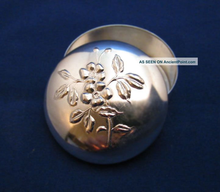 Round Floral Relief Pill Box Made By Brandimarte.  800 Silver.  925=sterling Silver Other photo