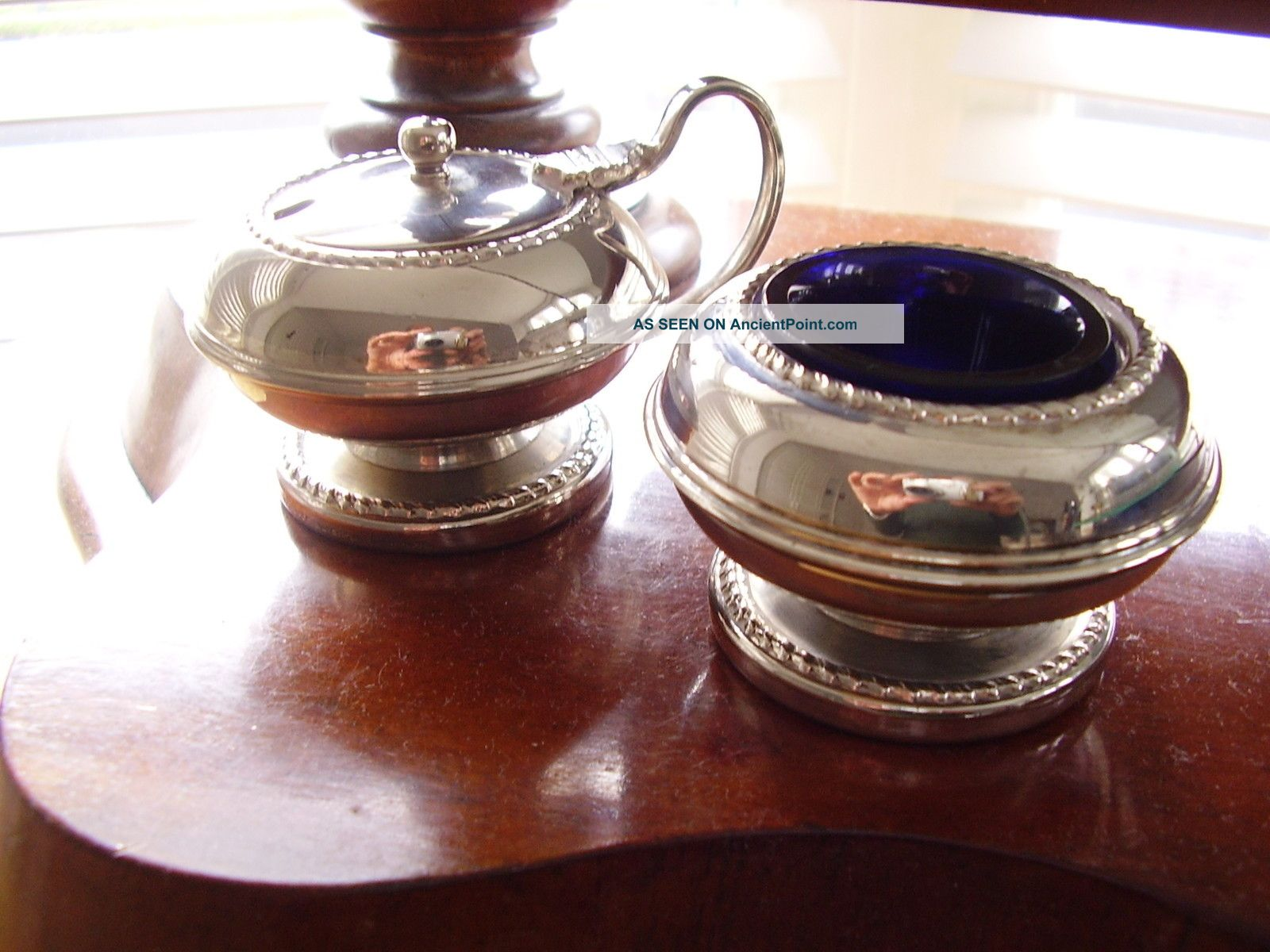 Vintage Set Of 1950 ' S Silver Plated Salt & Mustard Pot With Blue Glass Liner Salt & Pepper Cellars/ Shakers photo