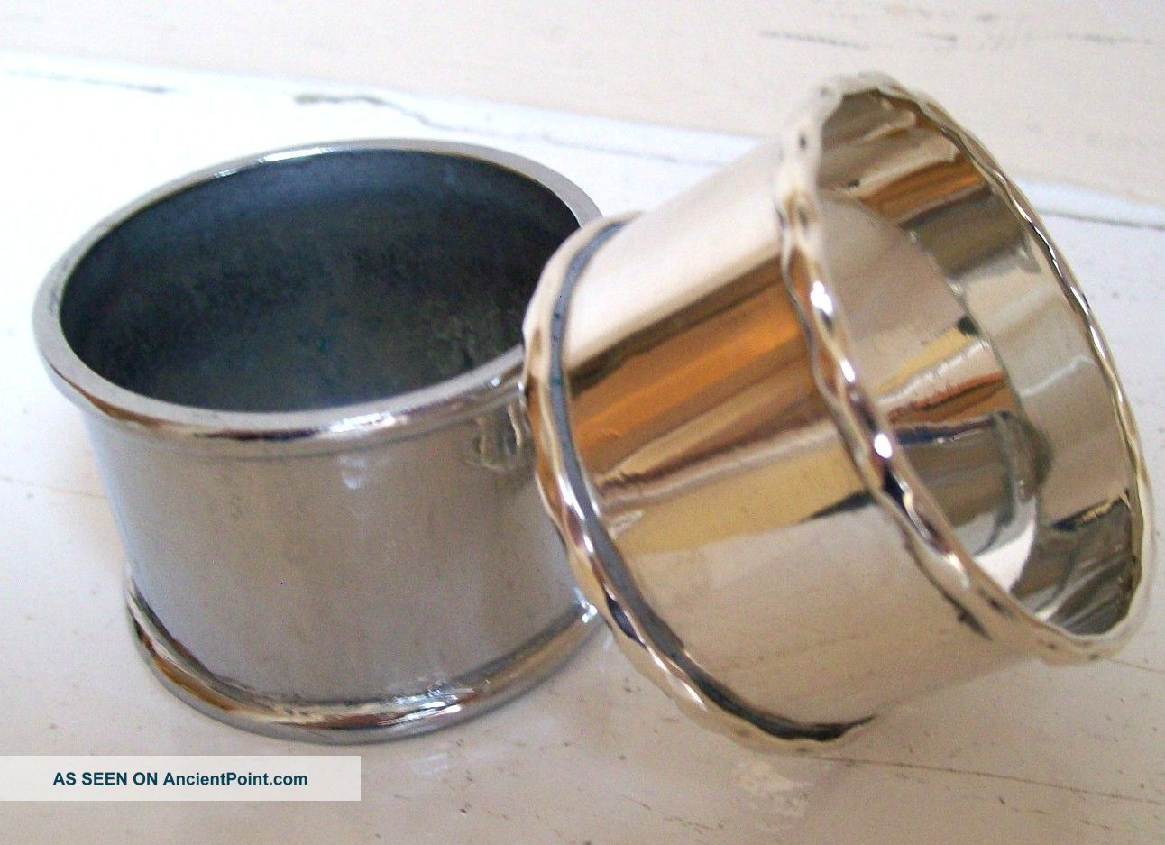 One Silver Plated Napkin/serviette Ring+one White Metal Napkin/serviette Ring Napkin Rings & Clips photo
