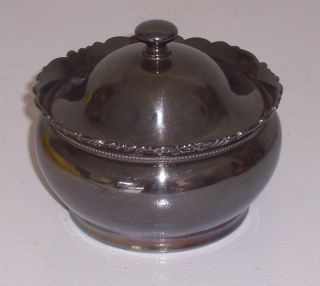 Sugar Bowl With Lid,  Quadruple Plate,  Derby Silver Co. ,  49 photo