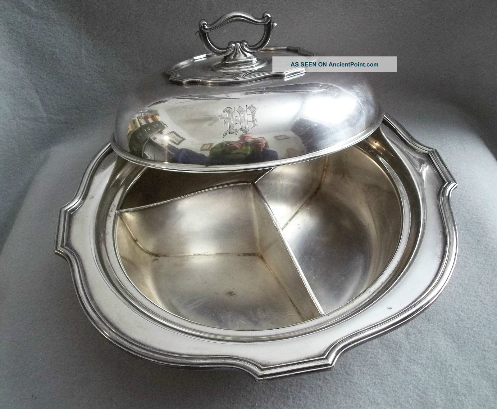 Antique Lbs Covered 3 Way Divided Silver Plate Serving Dish W/removable Handle Plates & Chargers photo