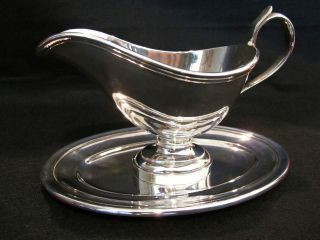 Christofle Sauceboat With Tray photo