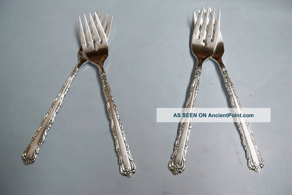 4 Bellfontaine Salad Forks - So Ornate 1973 Rogers - - Clean & Table Ready Other photo