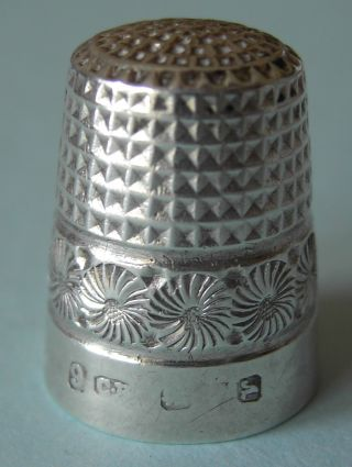 1921 Charles Horner Solid Silver Thimble,  Hallmarked Chester photo