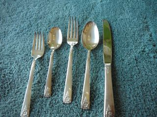 5 Piece Place Setting Rogers - International Spring Charm Silver Plate Never photo