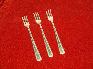 Vintage Rw&s R.  Wallace Sons Washington Set Of 3 Cocktail Forks 5 3/4