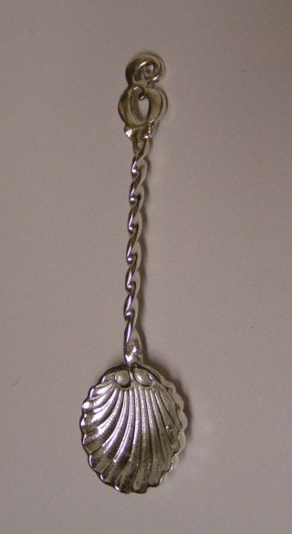 Salt Spoon W/initial (e) Sterling Silver photo