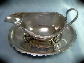 Vintage Gadrooned Silver/epns Sauce Boat & Drip Tray (shell & Paw Feet) photo