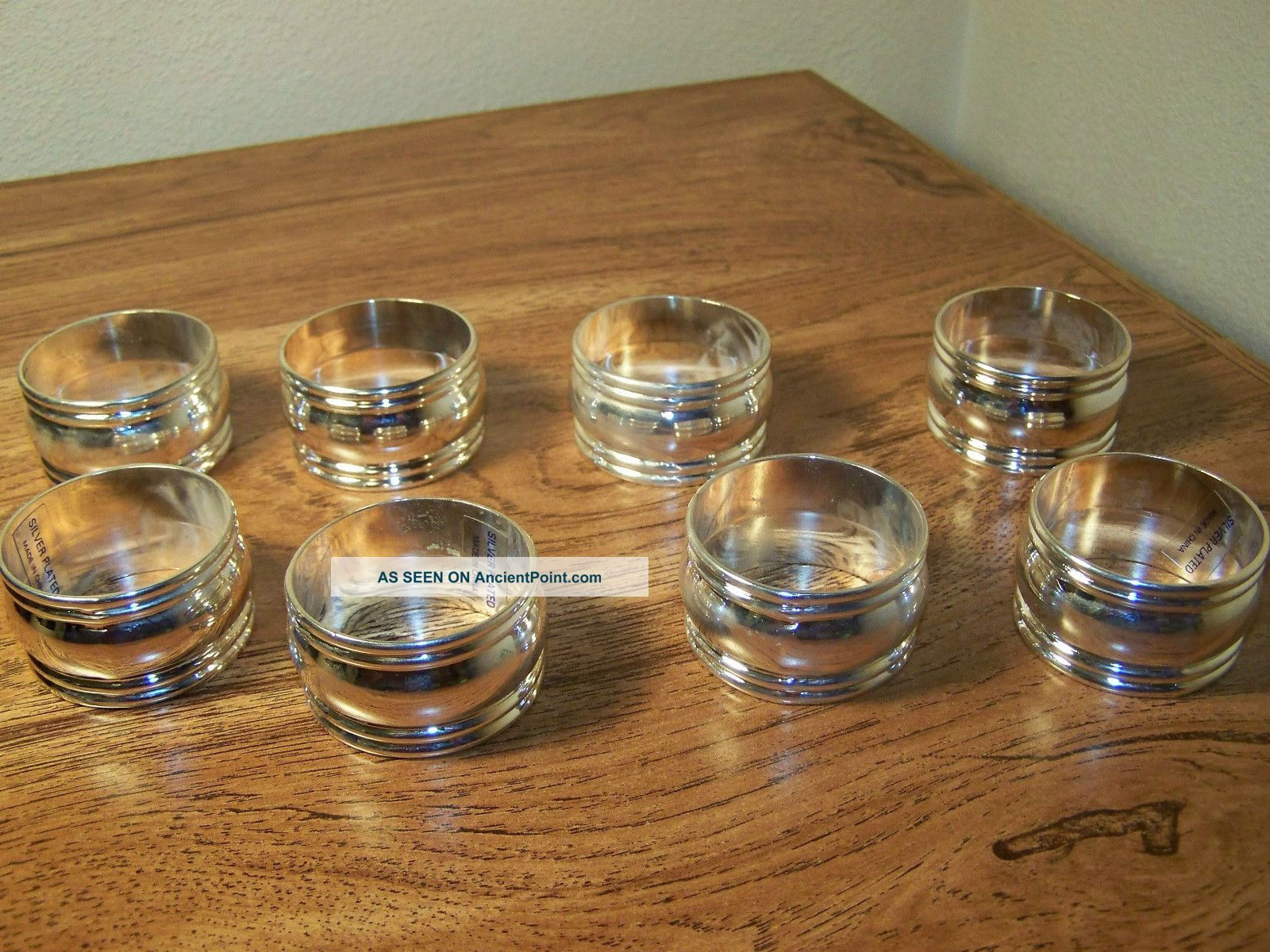 Vintage Set Of 8 Silverplate Napkin Rings Napkin Rings & Clips photo