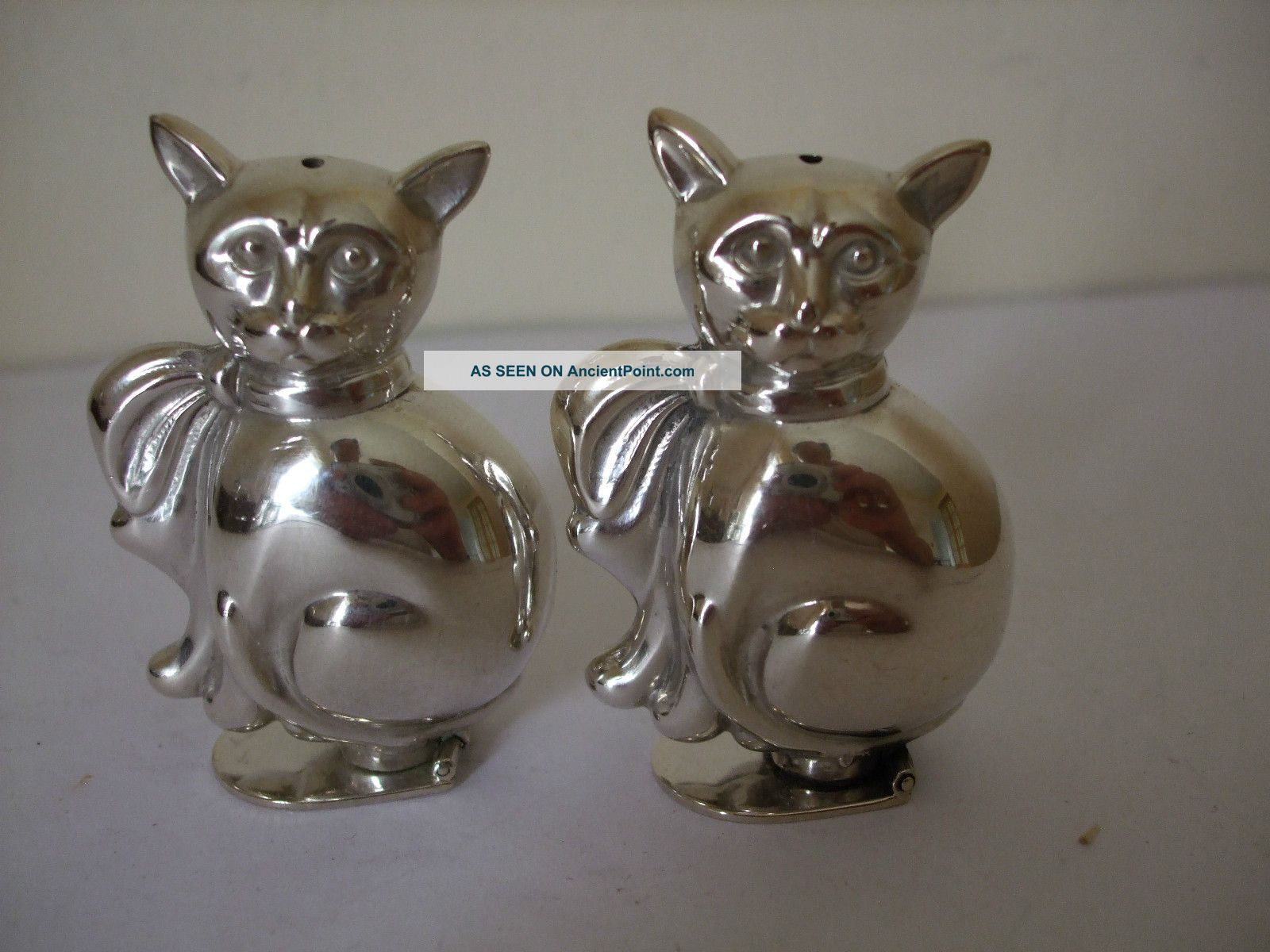 Vintage Silver Plate Pair Novelty Cat Pepper Pot Shakers Stamped Portugal Salt & Pepper Cellars/ Shakers photo