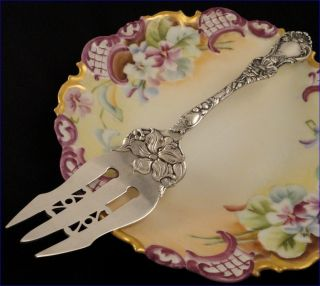 Antique 1902 Wallace Floral Cake Serving Fork Silver Plate Flatware Silverware photo