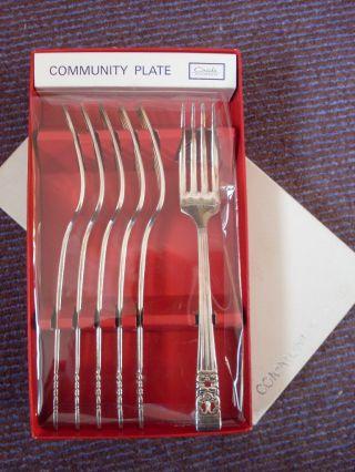 Community Plate Oneida Hampton Court 6 Dessert Forks Boxed Unused photo