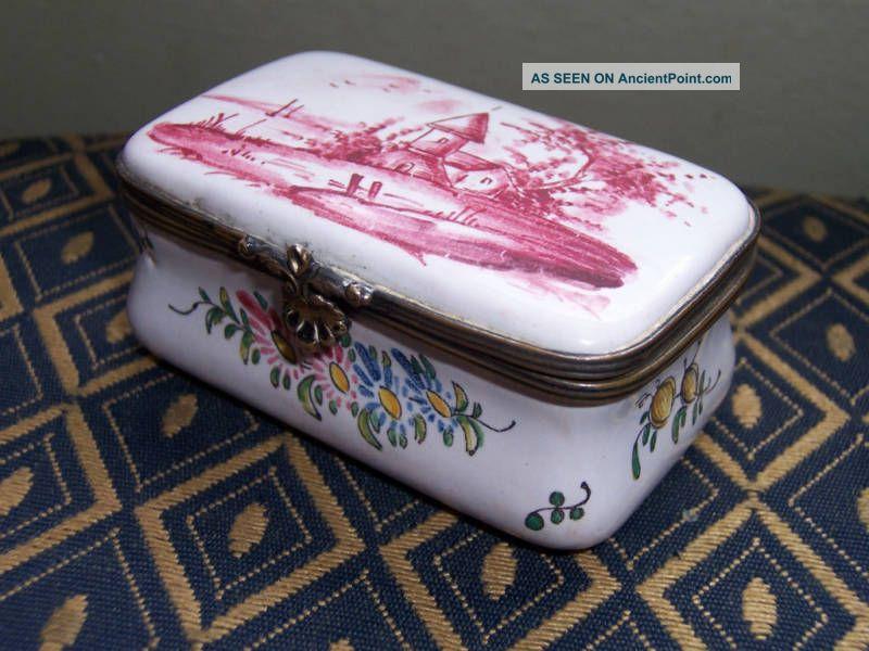 Veuve Perrin Snuff Box Silver Alloys (.800-.899) photo