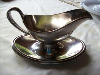 Reed & Barton Gravy Boat With Attached Underplate Silverplated photo