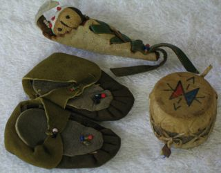 Miniature Moccasins Drum & Papoose Leather Beads & Wood Antique Vintage photo