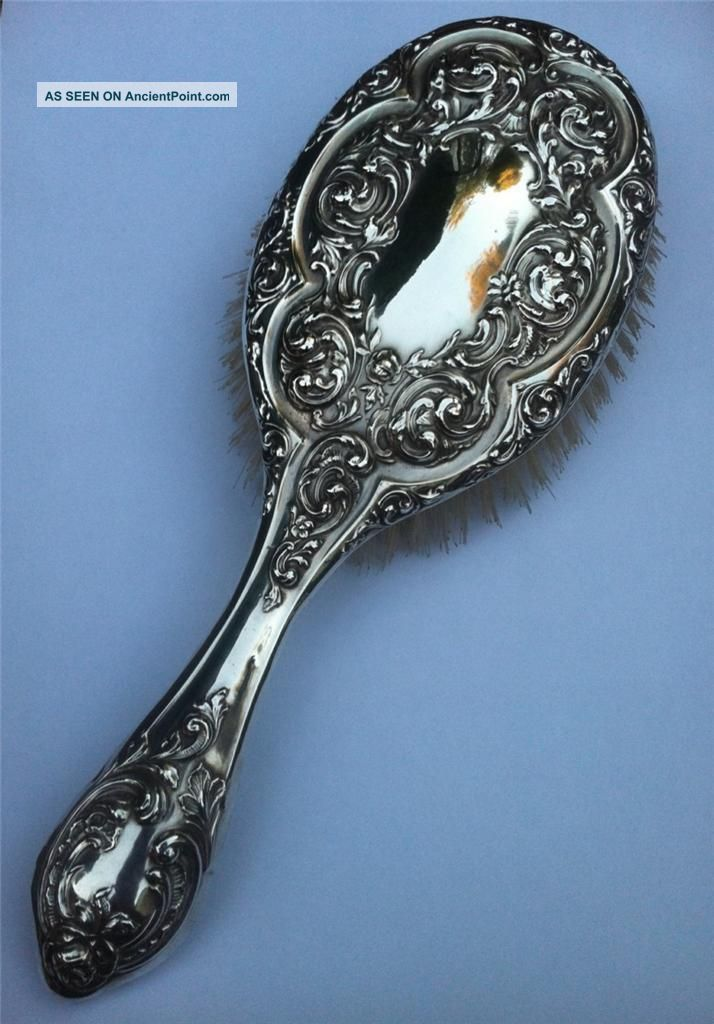 Antique Sterling Solid Silver Hairbrush H/m 1909 - Superior Quality. Brushes & Grooming Sets photo