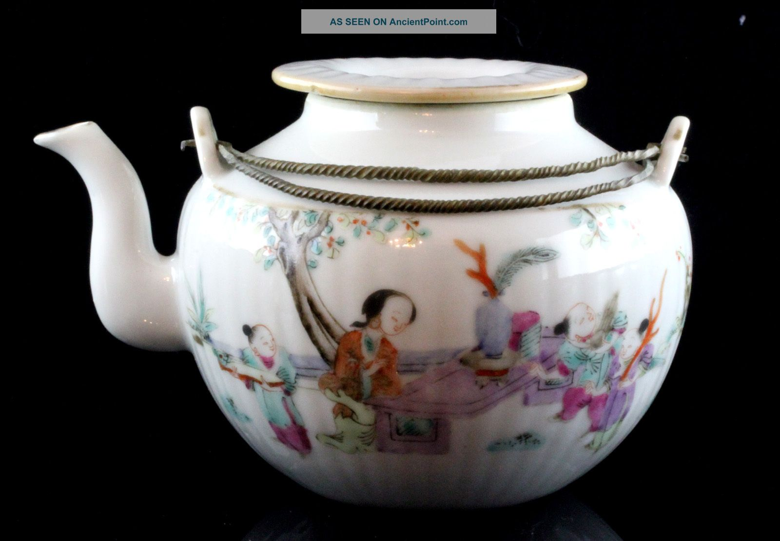 Perfect Export Chinese Famille Rose Porcelain Cov.  Teapot 19th Century Signed 2 Teapots photo