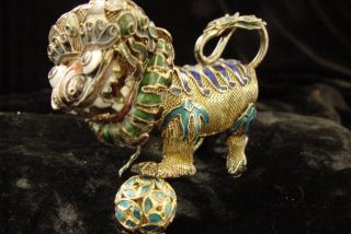 Chinese Export Gilt Silver & Enamel Filigree Temple Foo Dog Figure photo