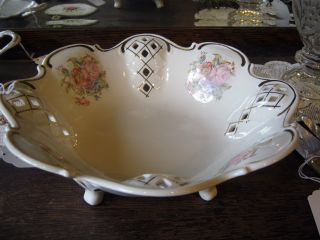 Reticulated Footed Porcelain Bowl 11 1/2