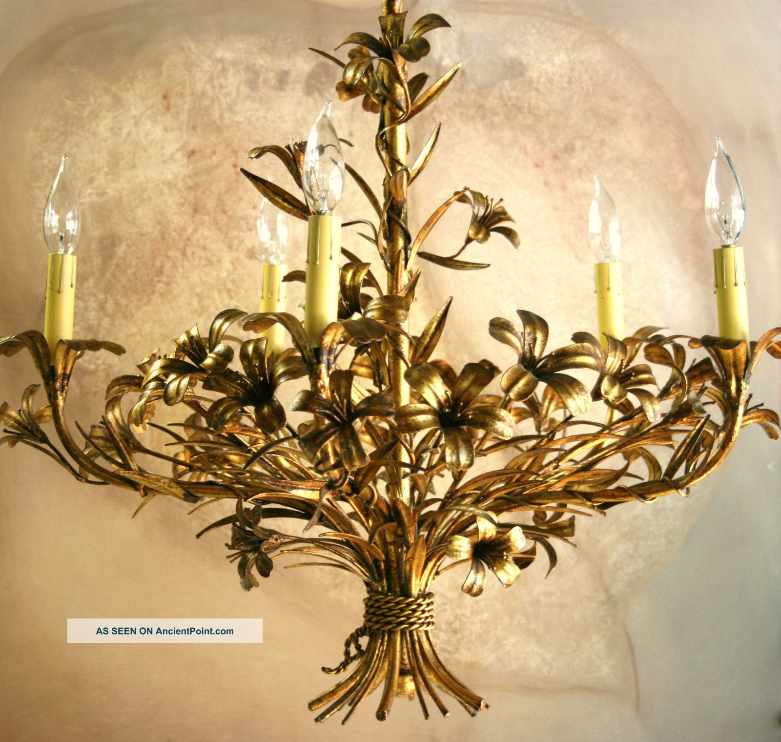Elegant italian gold leaf tole chandelier handpainted gilt metal elegant italian gold leaf tole chandelier handpainted gilt metal flowers 1950 s arubaitofo Images