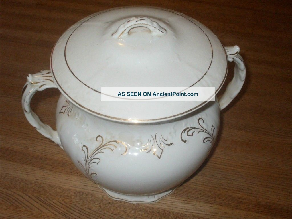 Smith Phillips Fenix Chamber Pot Chamber Pots photo